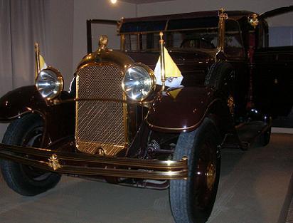 pope-pius-xis-1929-citroen-3.jpg