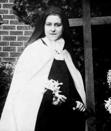 saint-therese-of-lisieux-12