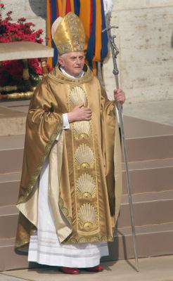 POPE BENEDICT XVI CELEBRATES INAUGURAL MASS