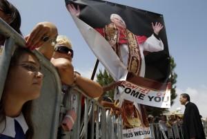 POPE-CYPRUS/BISHOP