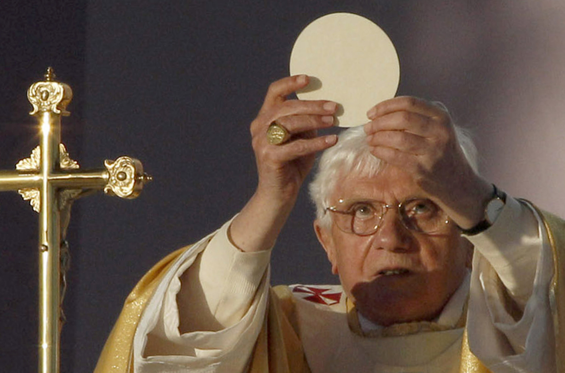 the roman catholic eucharist as a Roman catholic catholicism eucharist transubstantiation heresy title: roman catholic pagan heresy -- eating jesus resources to aid your understanding e bringing occult rituals back to life while adopting catholic and new age practices how a.
