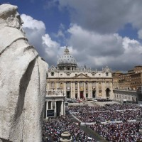 Large crowd gathers in St. Peter&#039;s Square during canonization Mass at Vatican