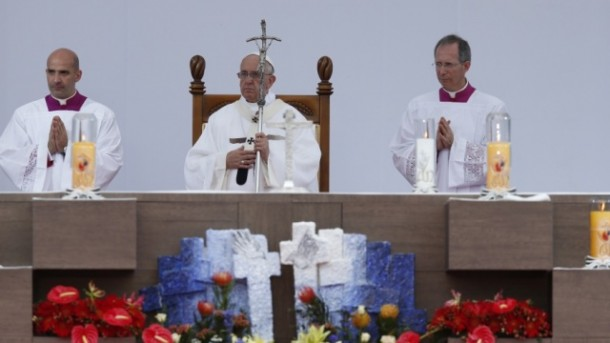 Expression of thanks to Pope Francis closing Mass of Asian Youth Day