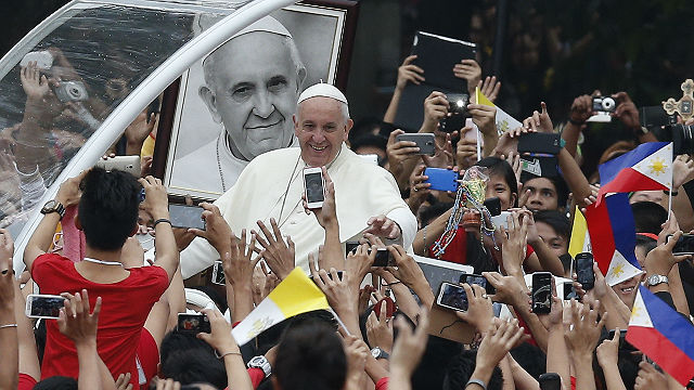 Pope Francis meets with young people at University of Santo Tomas in Manila