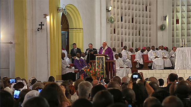 Pope In CAR: Unscripted Address at Prayer Vigil in Bangui