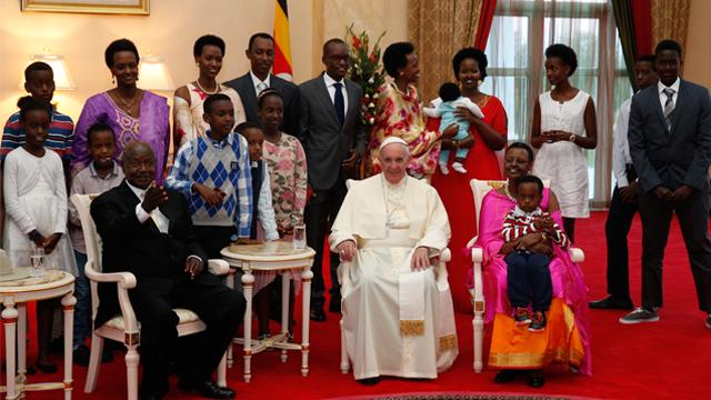 PopeUgandaDC