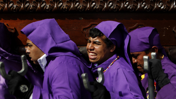 "Men carry a statue of ""El Nazareno,"" the Black Nazarene, during a procession to mark the second Sunday of Lent in the streets of Guatemala City March 4. (CNS photo/Jorge Dan Lopez, Reuters) (March 5, 2012)"
