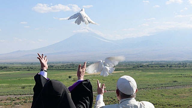 Pope In Armenia: Joint Declaration of Pope Francis and Karekin II