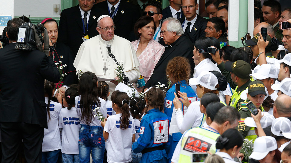 Pope in Colombia: Meeting in the Hogar San Jose