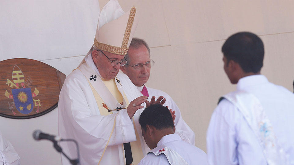 Pope Francis' homily at Mass of priestly ordination in the Suhrawardy Udyan Park in Dhaka