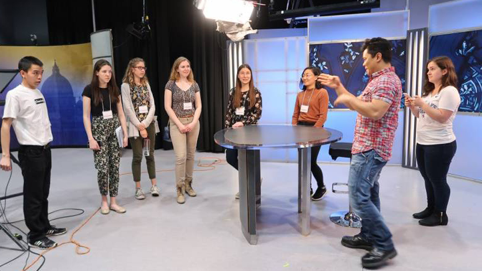 Youth Speak News visits Salt + Light TV <br> and gets a taste of TV life