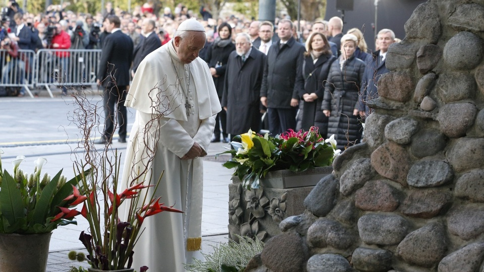 Perspectives Daily: Highlights of the Papal Trip to Lithuania