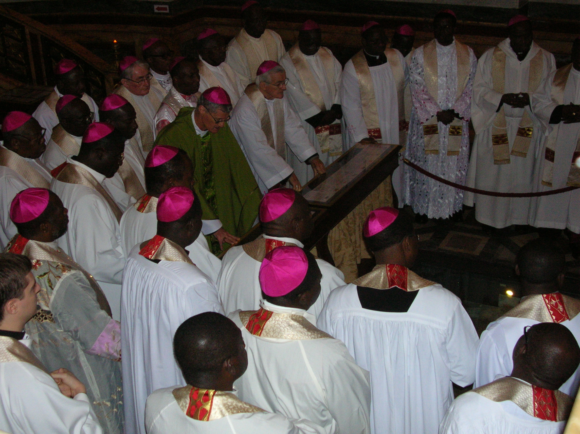 Nigerian bishops pray at tomb of St. Paul