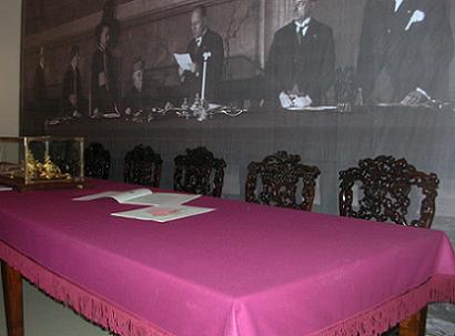 Table upon which the Lateran Accords were signed, 1929