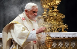 Pope Benedict XVI uses incense as he celebrates Mass in St. Peter's Basilica at the Vatican Jan. 6, the feast of the Epiphany . (CNS photo/Catholic Press Photo) (Jan. 6, 2009)