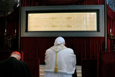 POPE-SHROUD