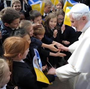 BRITAIN-POPE