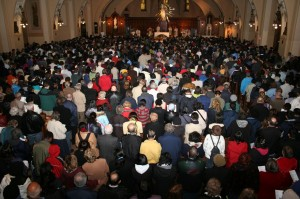 A sea of people at the Oct. 16 evening mass in the crypt church of St. Joseph's Oratory (Photo: IERACI)