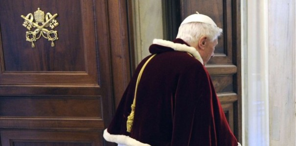 Pope Benedict XVI leaves private audience with Romanian president at Vatican
