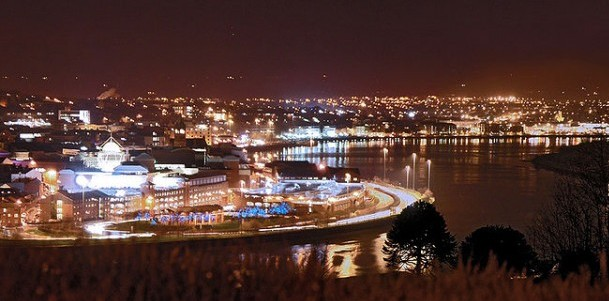 derry by night
