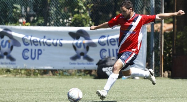 PONTIFICAL NORTH AMERICAN COLLEGE SEMINARIAN TAKES A KICK DURING FINAL OF CLERICUS CUP