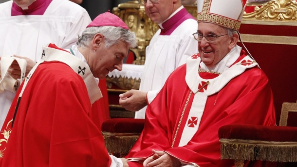 Murray Chatlain receives Pallium