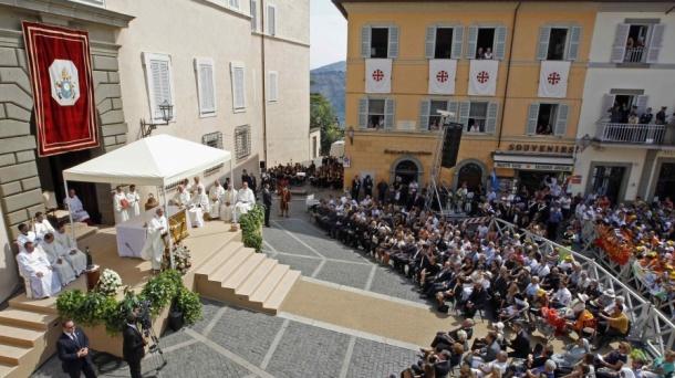 Castelgandolfo cropped