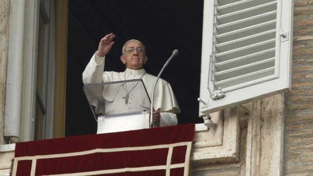 PopeAngelus2