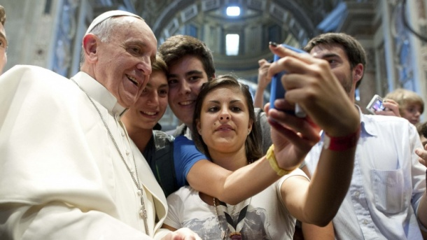 pope_selfie