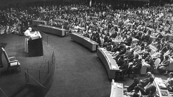 POPE JOHN PAUL II ADDRESSES UNITED NATIONS IN 1979