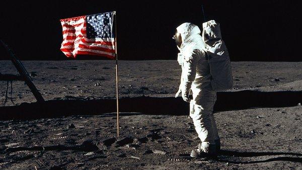 1969 PHOTO OF ASTRONAUT ALDRIN NEXT TO U.S. FLAG ON MOON