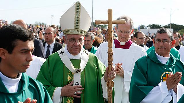 Pope_Paraguay_Angelus