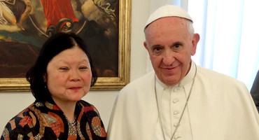Carolyn Woo & Pope Francis
