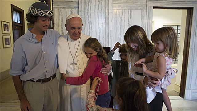 PopePrayerFamilies