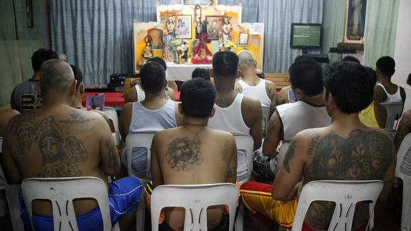 INMATES HOLD RELIGIOUS SERVICE AT JAIL IN PHILIPPINES