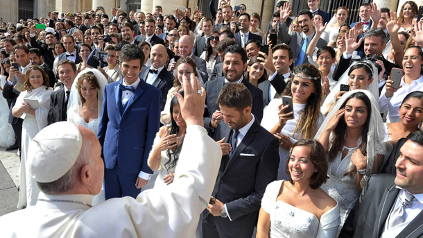 "Watch the Live Stream of Presentation of the Exhortation ""Amoris Laetitia"" (The Joy of Love)"