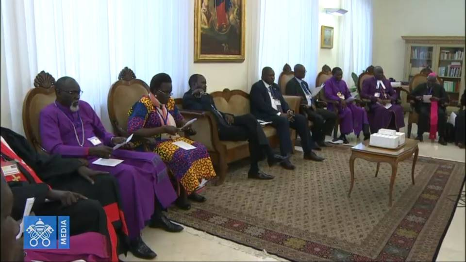 Pope Francis speaks to South Sudanese Leaders