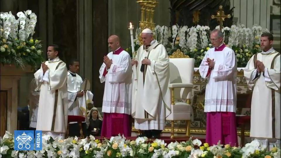 Pope Francis' homily at the Easter Vigil in St. Peter's Basilica