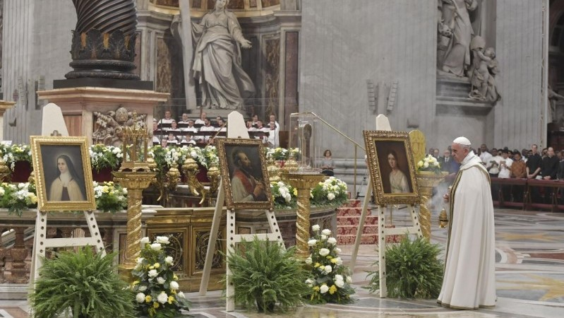 Pope Francis' address at Vespers for the beginning of the Extraordinary Missionary Month 2019