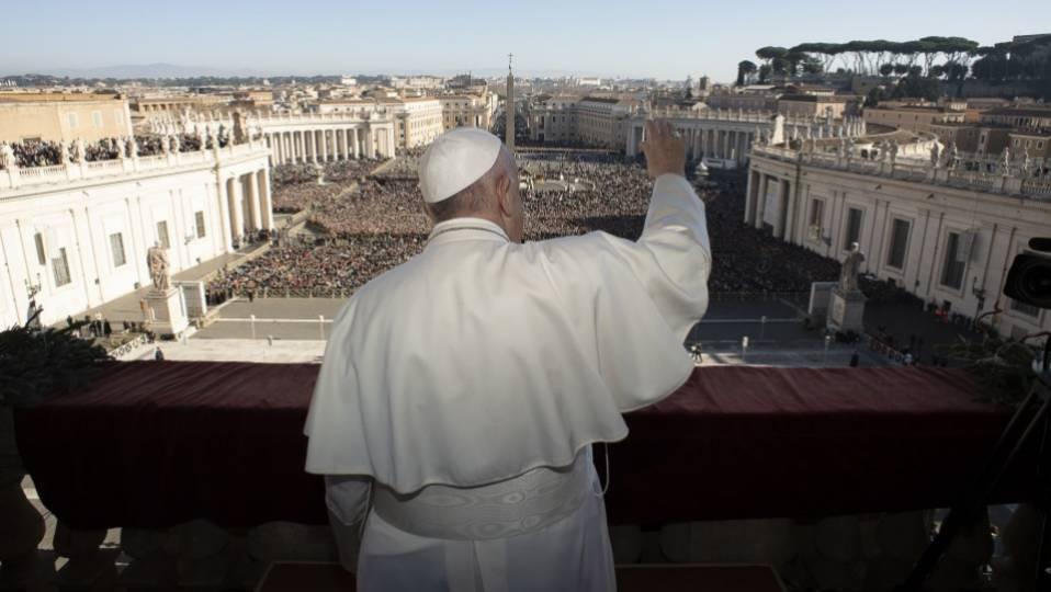 """Pope Francis' """"Urbi et Orbi"""" Blessing"""