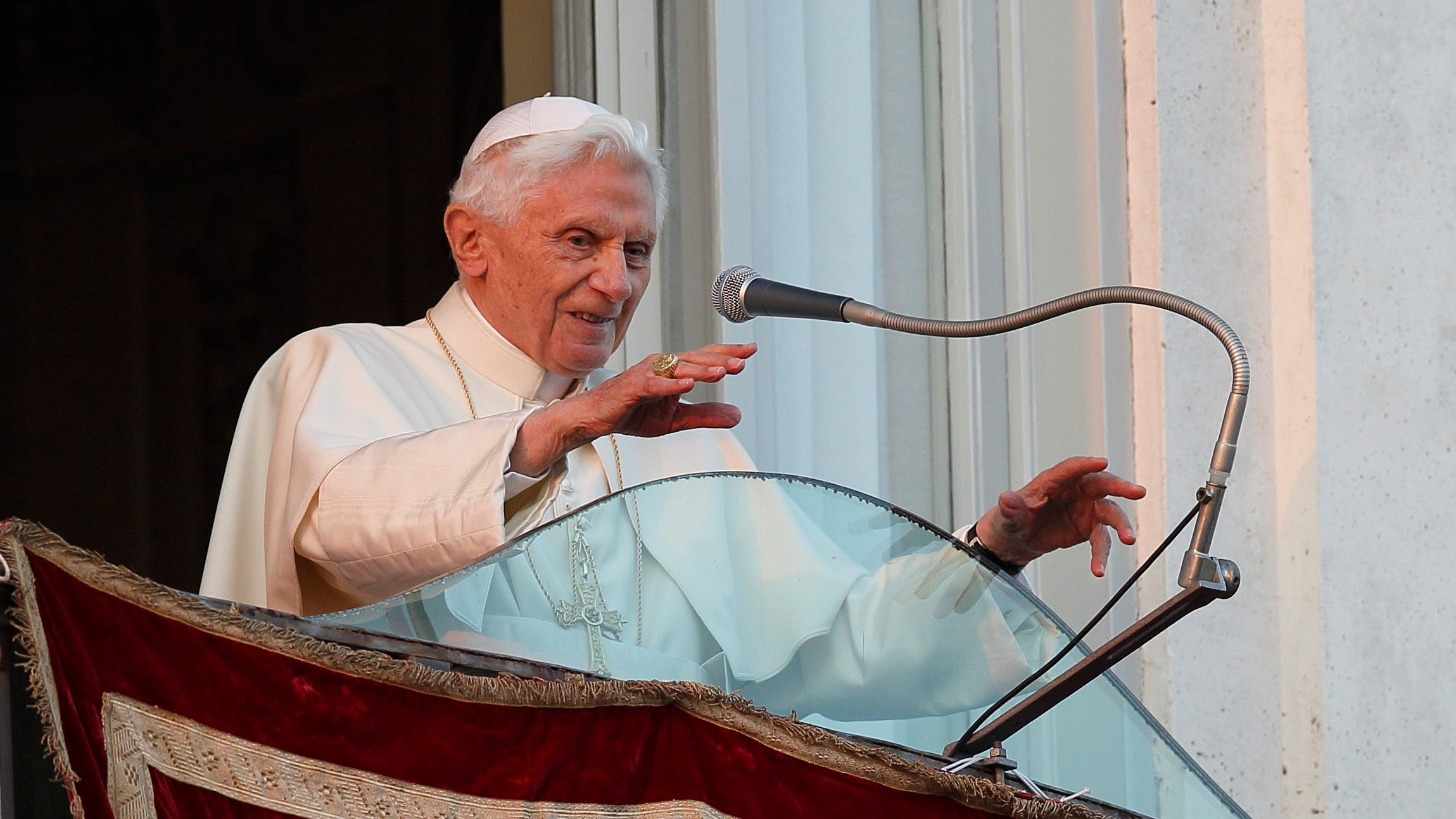 Benedict XVI as a Pope of Addition