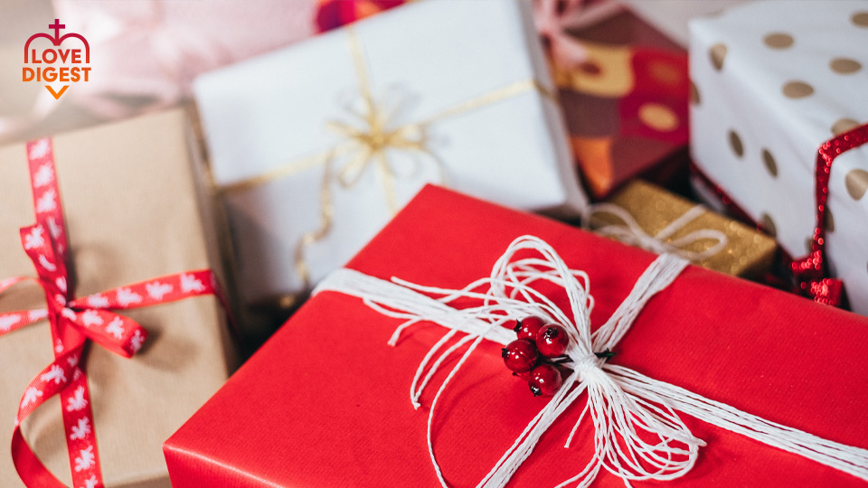 Love Digest: What are you giving this year?