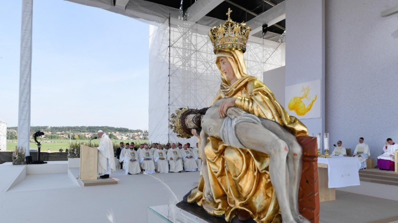 Pope Francis in Slovakia: Mass at the National Shrine of Our Lady of Seven Sorrows in Šaštín