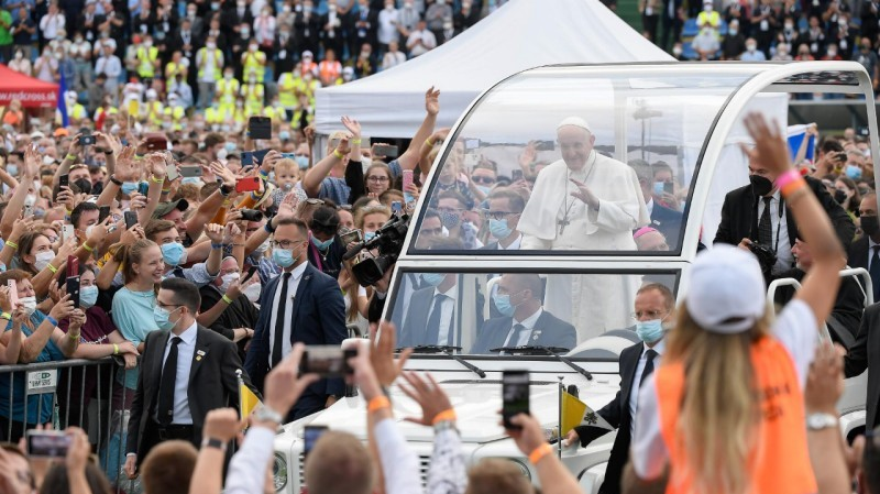 Pope Francis in Slovakia: Meeting with young people