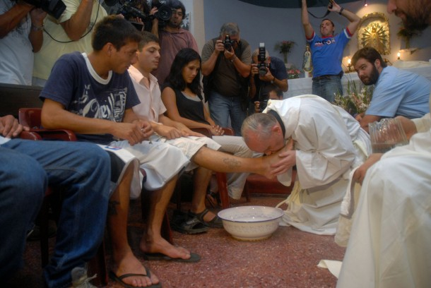 Argentine Cardinal Jorge Mario Bergoglio washes feet of shelter residents during 2008 Mass at church in Buenos Aires