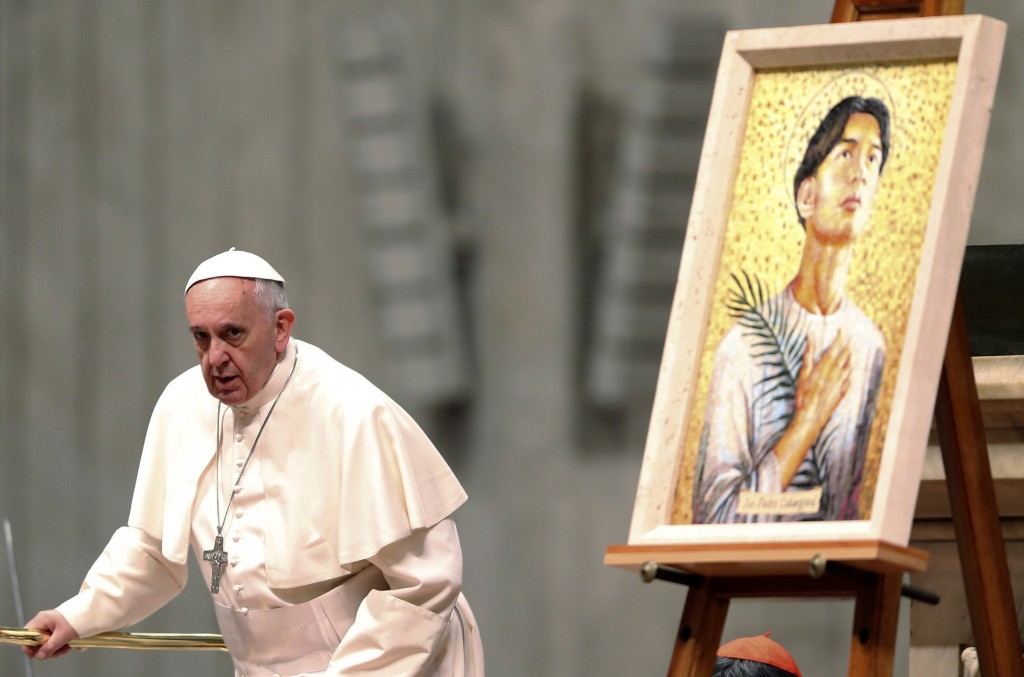 Pope Francis arrives to bless mosaic of St. Pedro Calungsod at Vatican