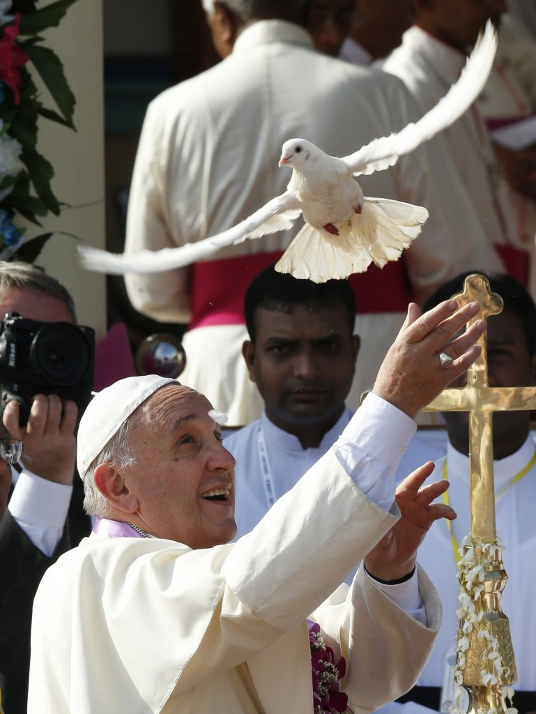 Pope Francis releases dove at Sanctuary of Our Lady of the Rosary in Madhu, Sri Lanka
