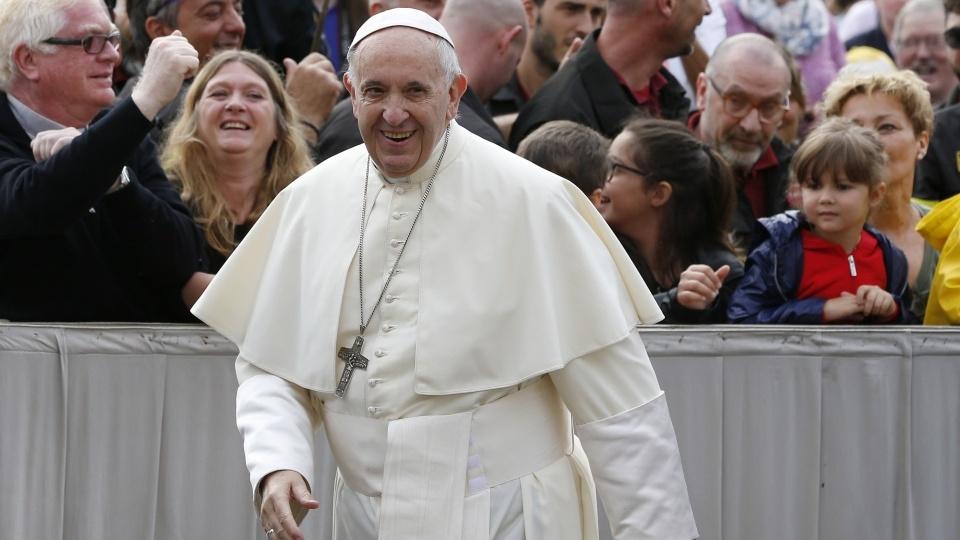 教宗公開接見:聖神賜予我們成為鹽與光的力量