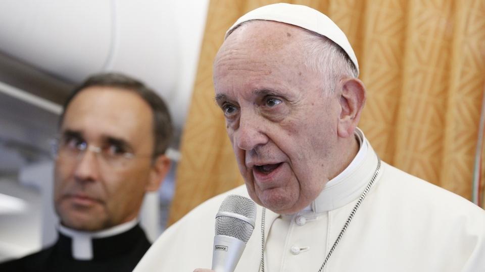 教宗機上記者會:大公運動對話不同於勸人改教
