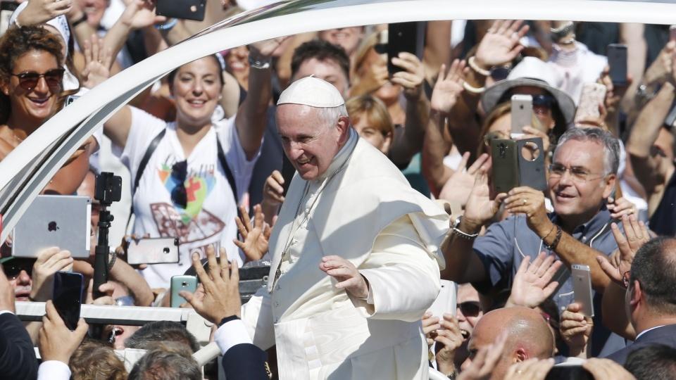 教宗:耶穌親近人群,我們牧人也要如此
